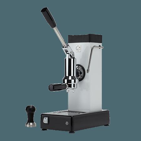 foto macchina caffè espresso a leva bianca