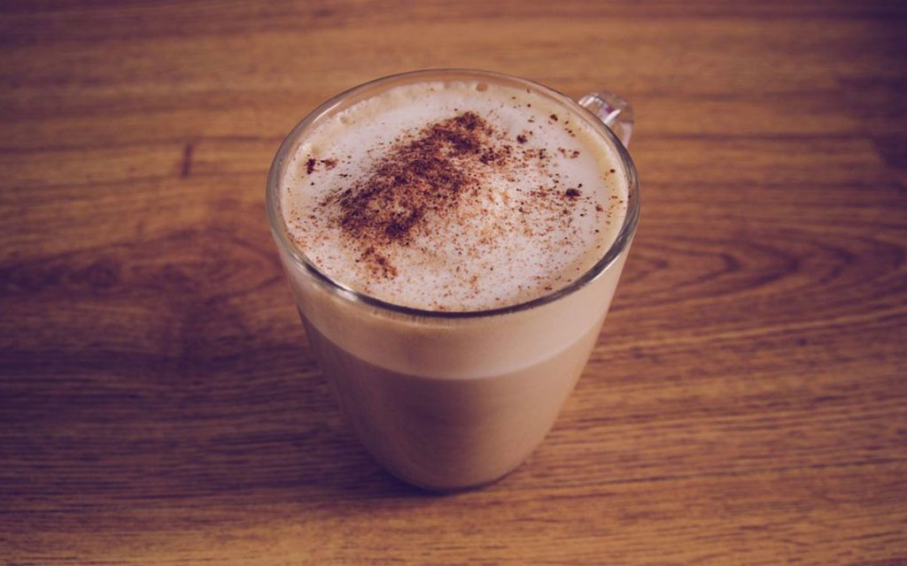 Caffè shakerato with milk