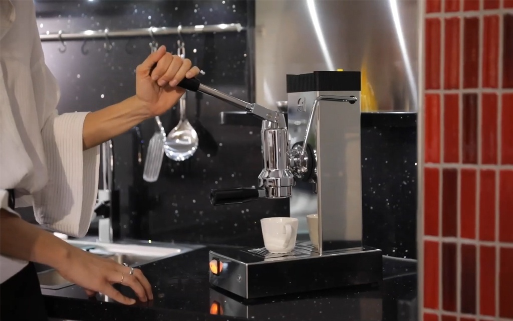 prima macchina da caffè a leva Pontevecchio
